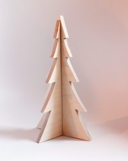 Stort juletræ i birketræ